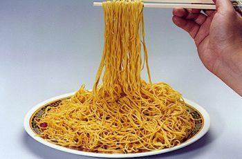 Meu primeiro pedido num restaurante italiano – miojo
